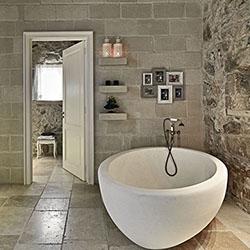 Стени за баня в кънтри стил