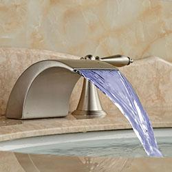 Смесители за баня с дизайн от ново поколение