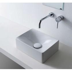 Царствен фаянс за баня за стилни решения от Scarabeo (Италия)