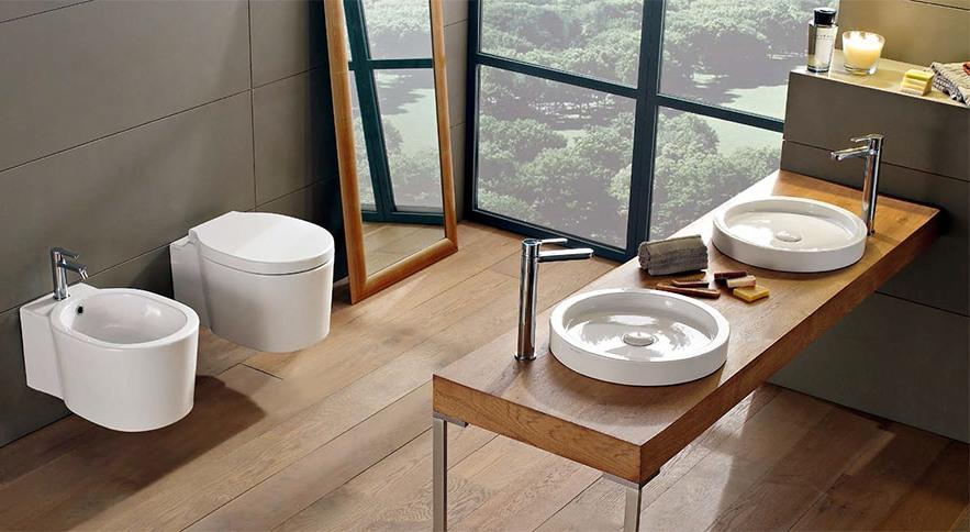Елегантен фаянс за баня от Scarabeo (Италия)