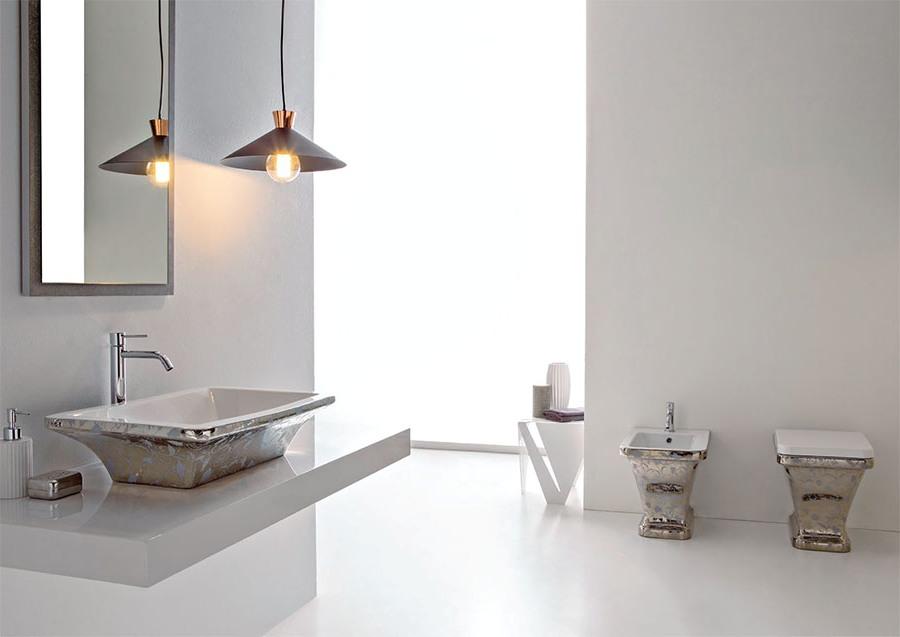 Представителен фаянс за баня от Scarabeo (Италия)
