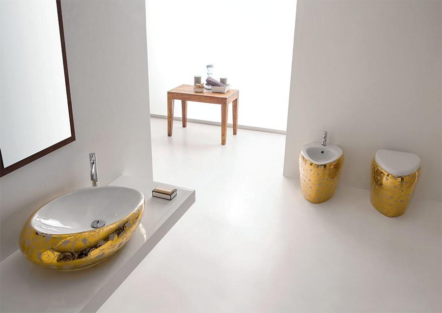 Нетрадиционен фаянс за баня от Scarabeo (Италия)