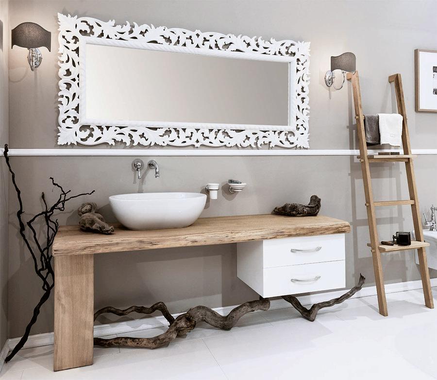 Нетрадиционни мебели за баня в крайградска къща