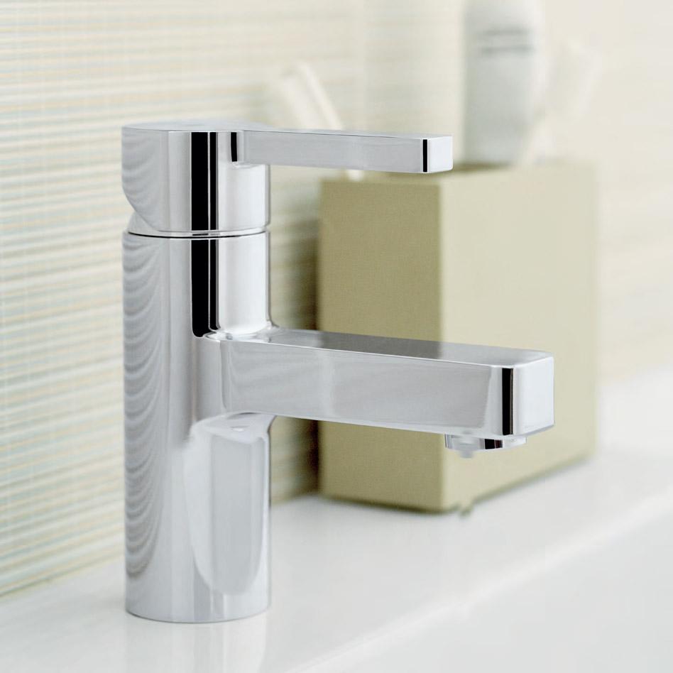 Съвременни смесители за баня с изчистени форми от Грое (Германия)